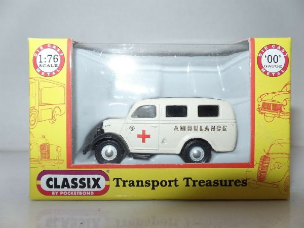 Classix EM76651 1/76 OO Scale Ford Thames E83W Ambulance Red Cross